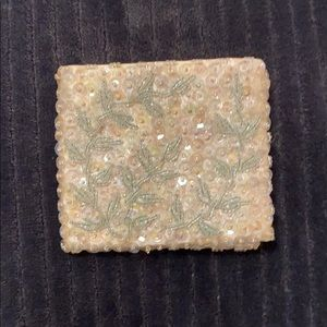 Gorgeous Vintage ivory beaded wallet